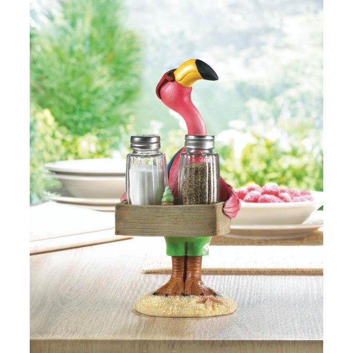 Serving Flamingo Shakers - Giftspiration