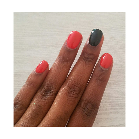 Accent Color Nail Art