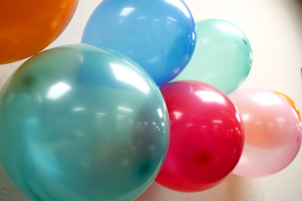 GEARONIC TM 100pcs 10 inch Colorful Round Birthday Wedding Party Latex Balloon Decor Decoration