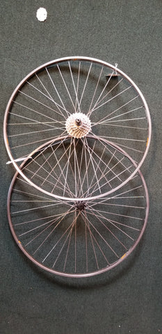 Used: 700c tubular wheelset.