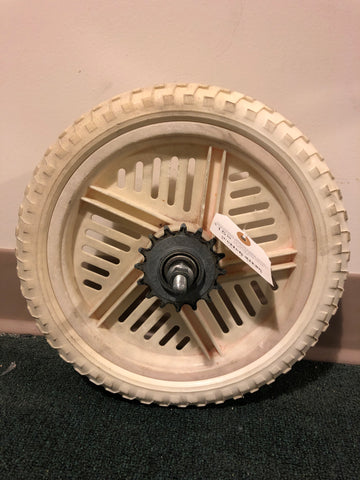 "12"" used white Mag wheel"