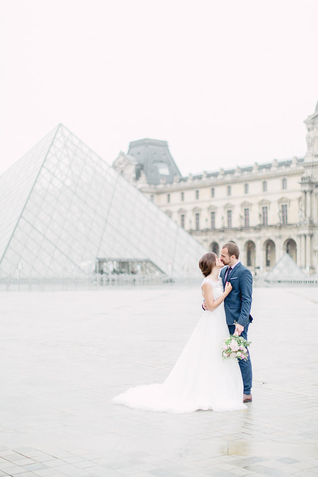 Romantic Wedding Inspirations in Paris