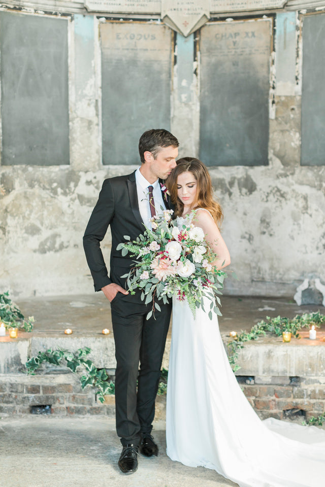 Modern Rustic Wedding Inspiration
