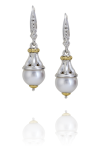 WHITE PEARL DANGLE EARRING