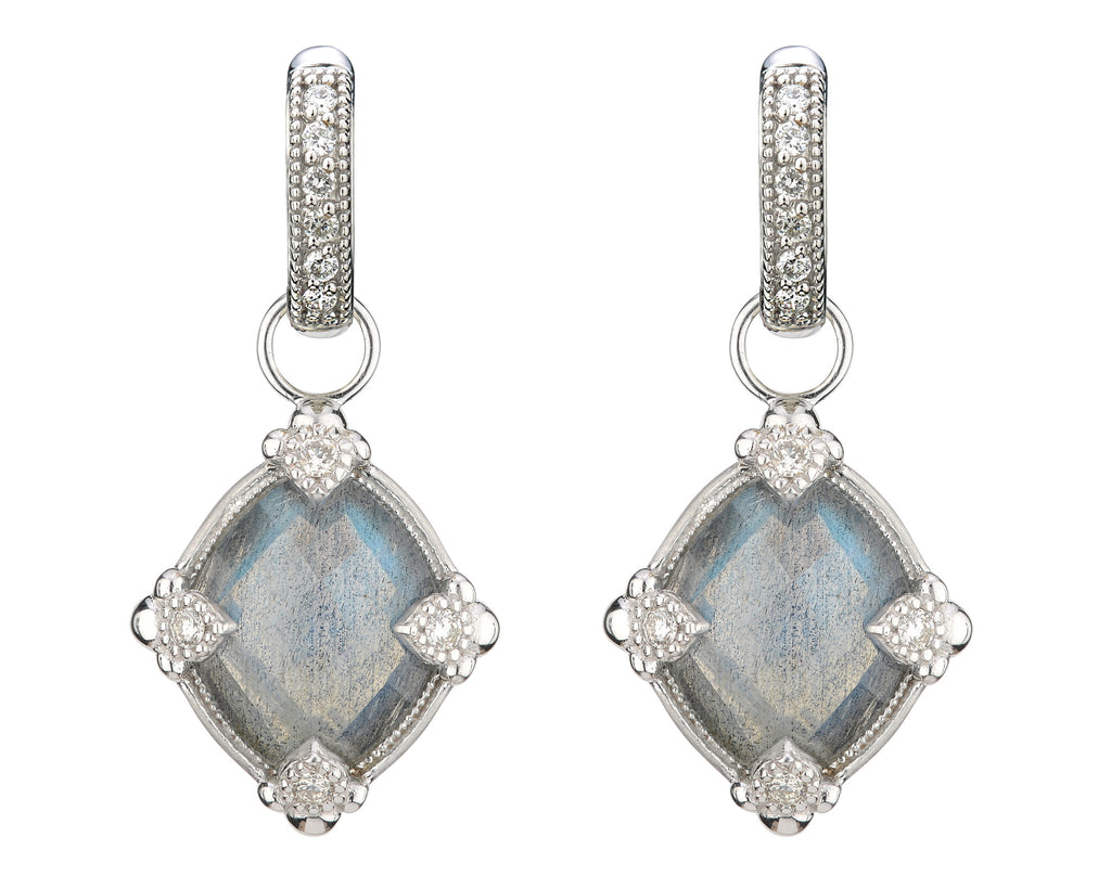 lisse earring charm with diamonds