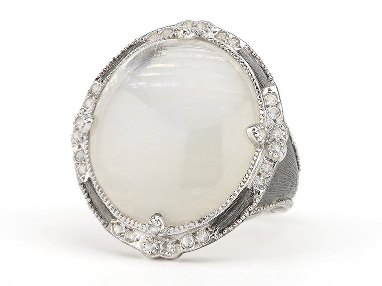 Encore Moroccan Trio Oval Stone Ring