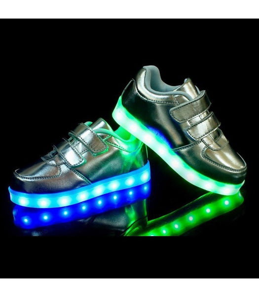 Toddlers Sneakers LED Light Up Shoes USB Charger | Silver
