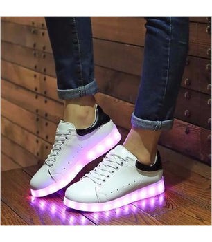 Mens Light Up LED Shoes USB Sneakers With Laces |  White & Black Low Top - On My Wheels