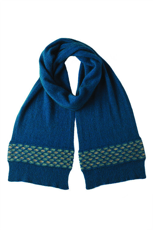 Possum Merino Wave Trim Scarf Teal