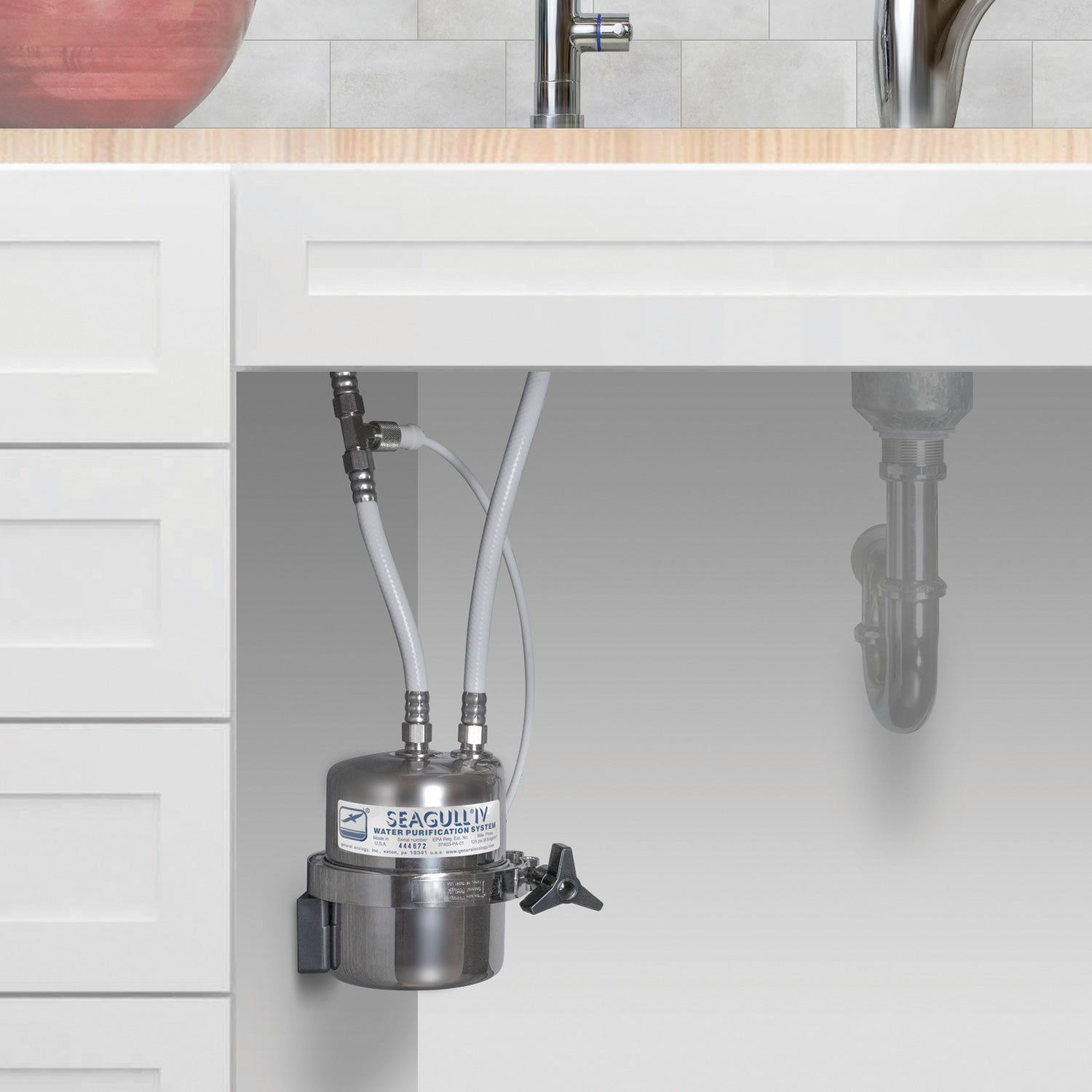 image showing how easy it is to connect the seagull 4 water filter to your sink