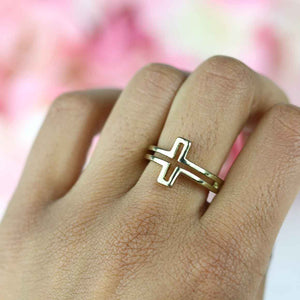 Cutout Cross Ring - Gold