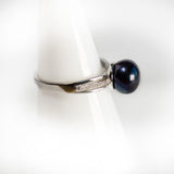Black Simple Pearl Ring