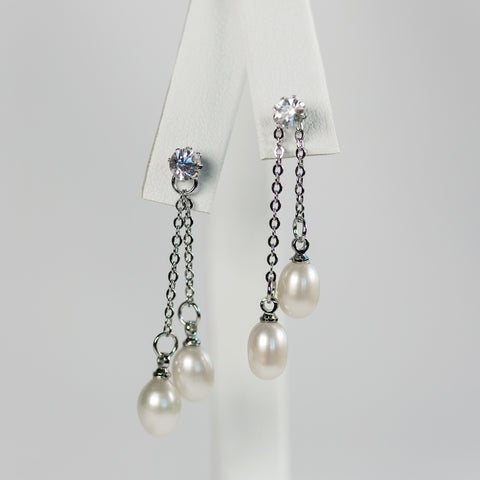 White Elegant Earrings