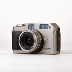 Contax G1 with Carl Zeiss 28mm f/2.8