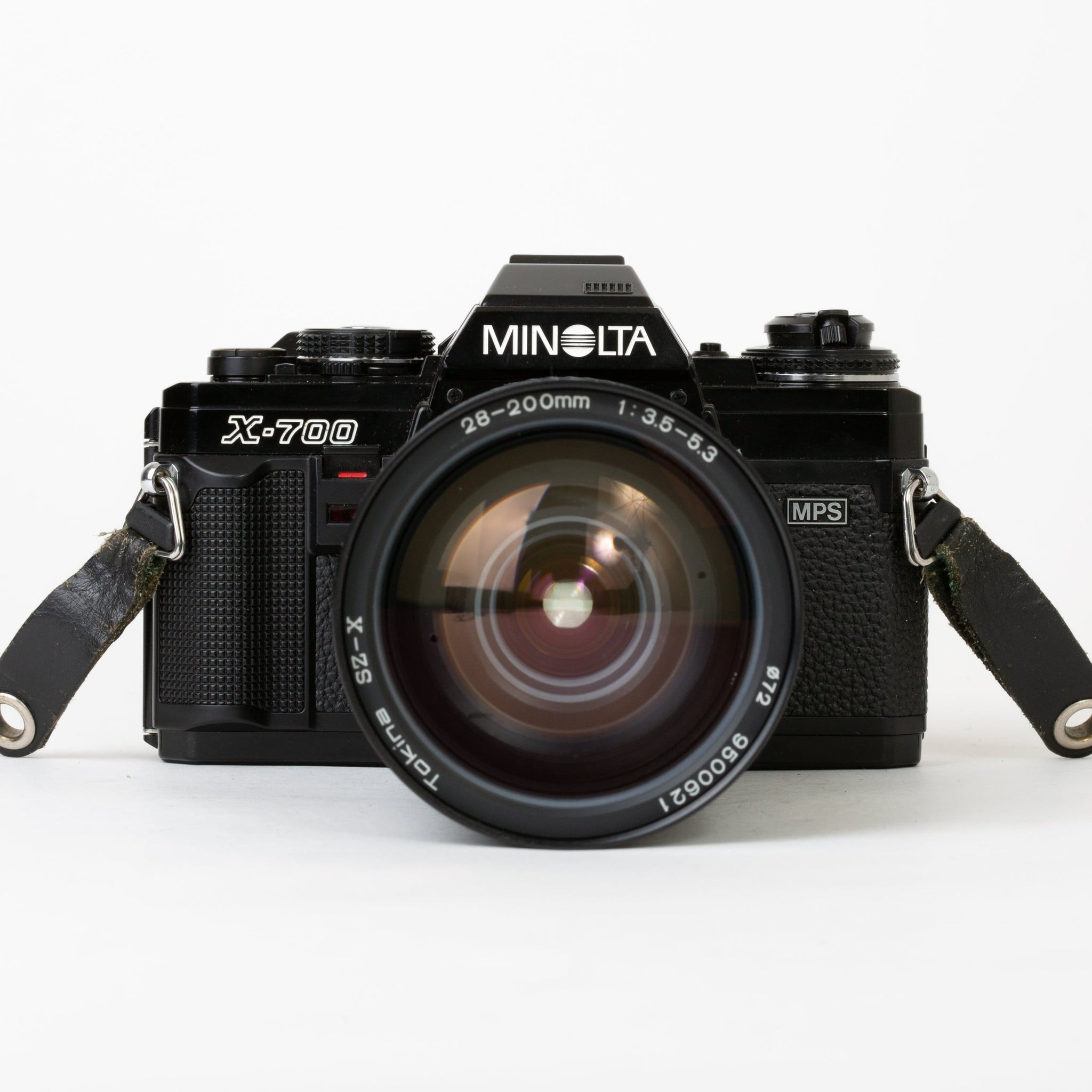 Minolta X-700 MPS with 28-200mm f/3.5-5.3 Lens