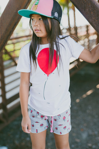 Love Is In The Air T-Shirt by: Mini Shatsu