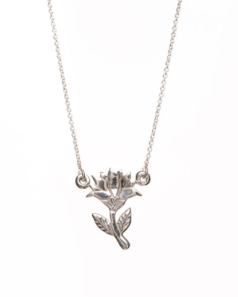 Pretty Silver Lotus Flower Necklace