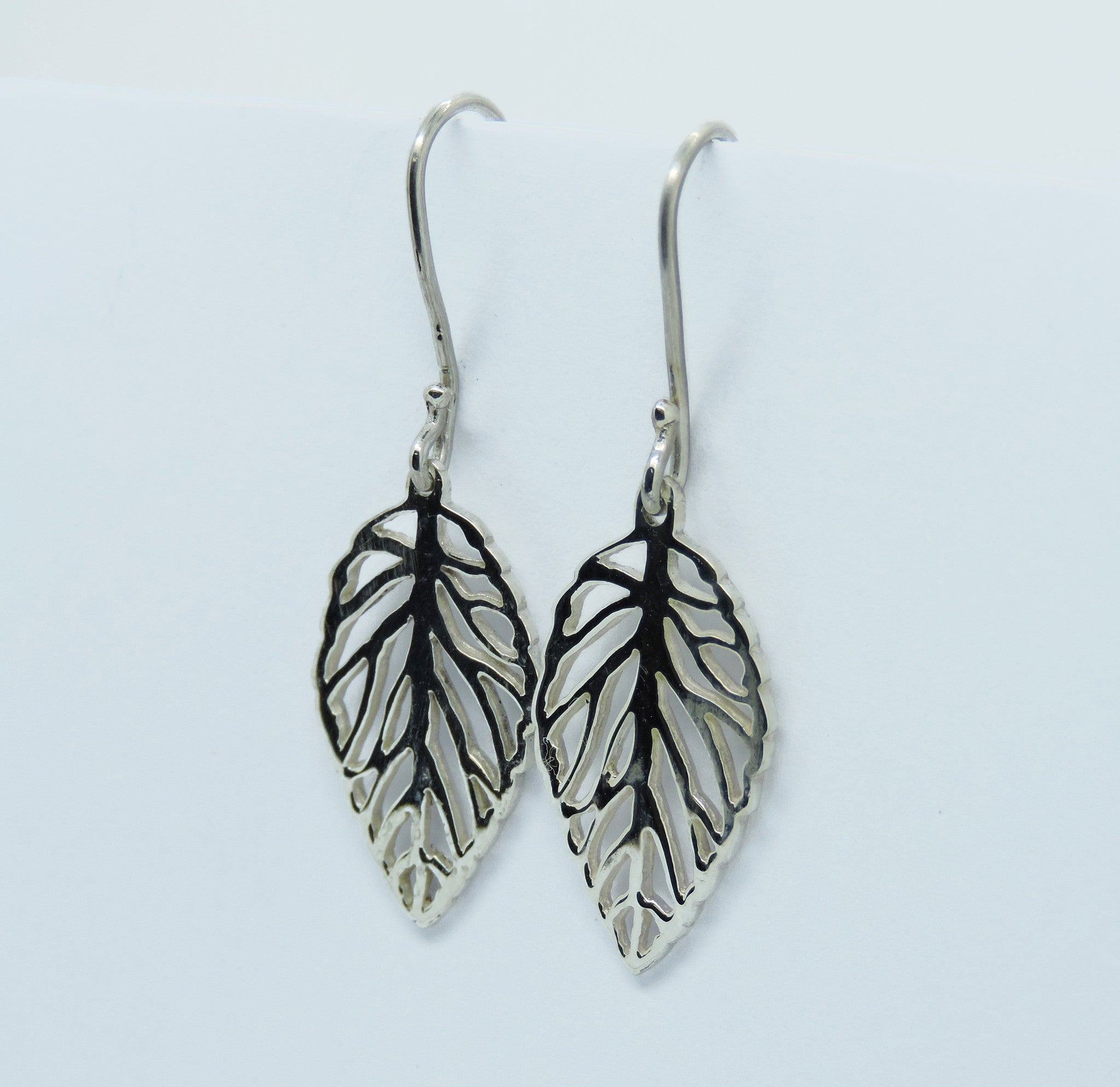 Openwork Leaf Earrings
