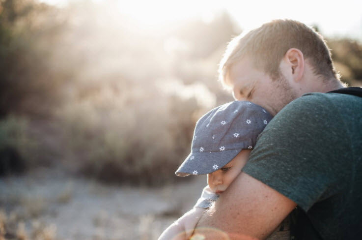 Daddy and Baby Bonding Ideas for Father's Day