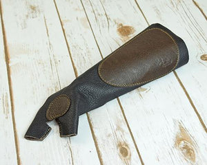 Archers Equipment - Atilla Armguard Bow Glove RH XSmall AABGRHXS01