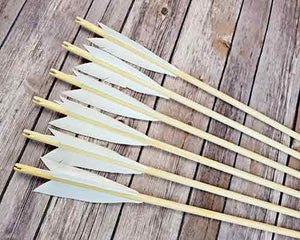 simple medieval longbow arrows