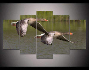 Herogameszone Geese Fly Over the Water Canvas Printed Wall Art Medium / No Frame Canvas Printed Wall Art