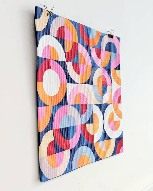 "Sonia Wall Hanging Fabric Pack, size 24"" x 24"" / 61 cm x 61 cm"