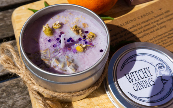 CALMING CANDLE, aromatheraphy oils, lavender and sweet orange oil finished with chamomile