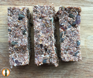 Raw 5 seed energy bar with Mum On The Run