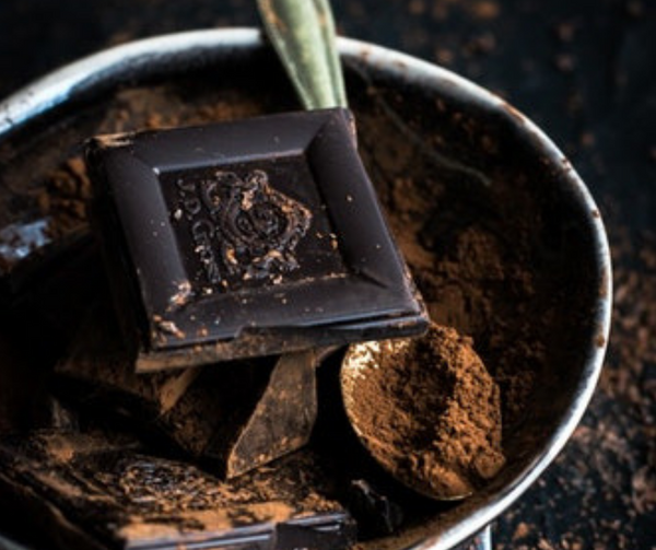 The anxiety & mood boosting benefits of raw cacao