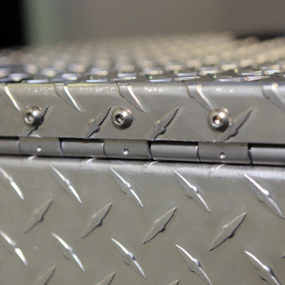 CHANDLER TRUCK ACCESSORIES | ALUMINUM TREAD PLATE TOOLBOX