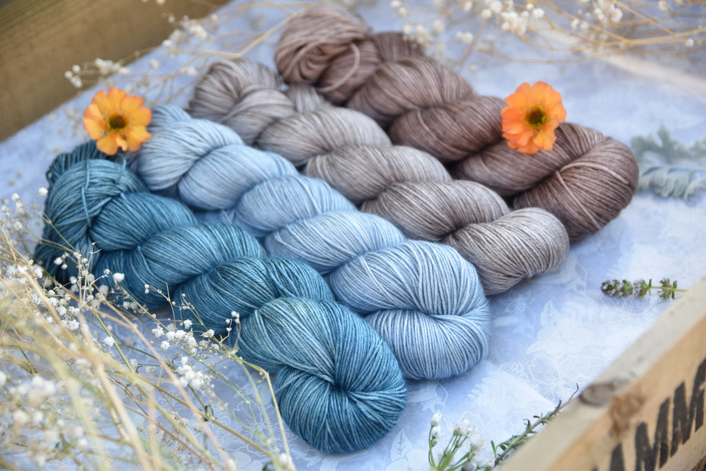 What does semi-solid mean? Your guide to hand dyed yarns..