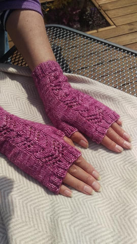 Chris's Willow Mitts
