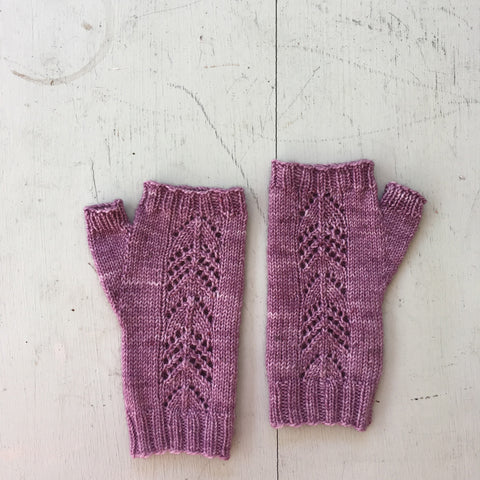 Susan's Willow Fingerless Mitts
