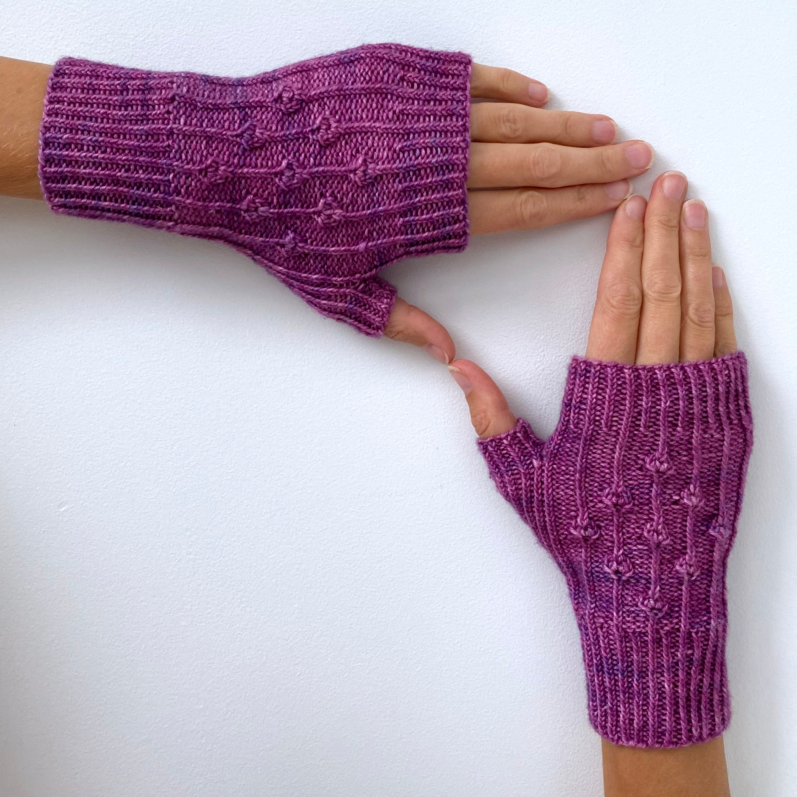 Cyclamen Mitts by Sophie McKane