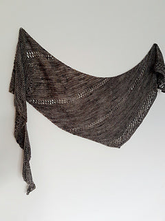 Worth the Fuss Shawl by Louise Tilbrook