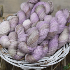 Askham 4ply in Dyepot Luck (Dyelot 160320)