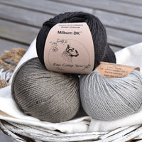 Kitten Mittens from Cat Knits by Marna Gilligan: Yarn pack only
