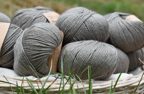 Milburn DK™ British Bluefaced Leicester/Silk in Steel; 50g ball