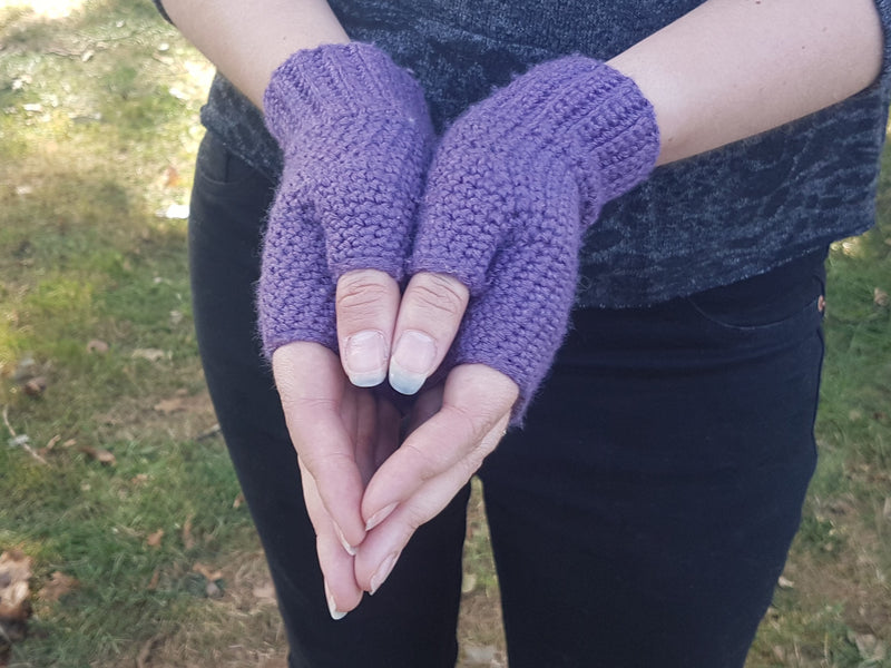 Caldbeck by Tracey Todhunter: crocheted mitts kit