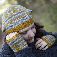 Flora Hat by Anna Elliott using Oakworth DK