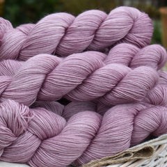 Oakworth 4ply in Meadow Rue (Dyelot 070220)