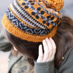 Flora Hat by Anna Elliott using Bowland DK