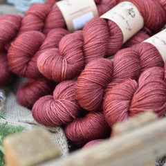Bowland DK in Red Kite (Dyelot 090519)