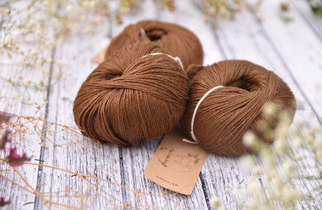 Askham 4ply baby alpaca/silk in Walnut (500g pack)