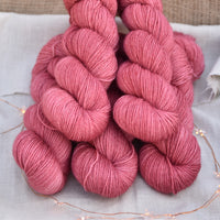 Tempo 4ply in Red Goosefoot (Lot 211218)
