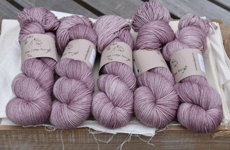 Rosedale 4ply in Meadow Rue (Dyelot 180420)
