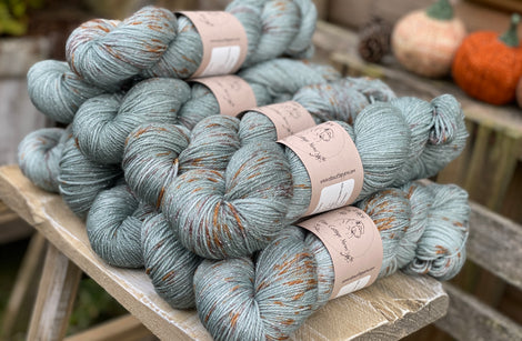 Grey-blue yarn with splashes of brown
