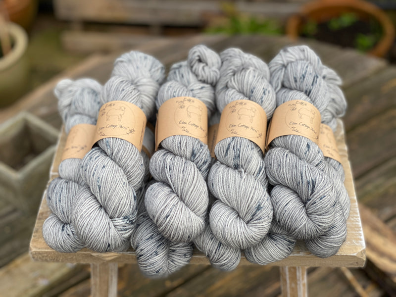 Grey yarn with blue splashes