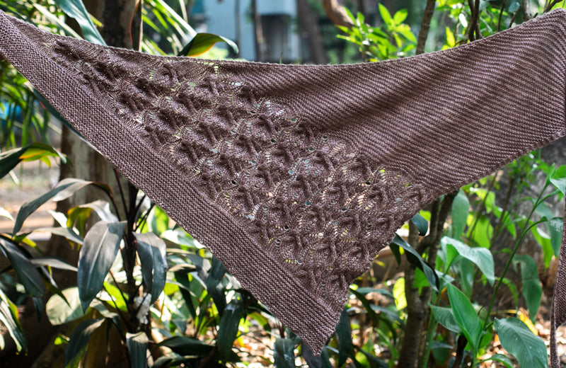 Snowy Evening by Jayalakshmi: knitted shawl add-on kit